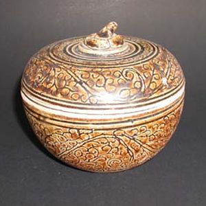 Brown Ware - Covered Box