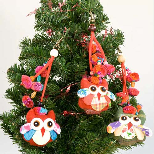Cotton and wood ornaments, 'Lisu Owls Festival' (set of 3) © Ezistock Co., Ltd.