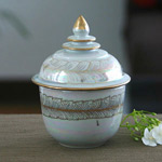 Benjarong porcelain box, 'Morning Haze'