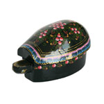 Lacquered statuette, 'Charming Turtle'