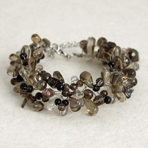 Onyx and smoky quartz bracelet, 'Midnight Dewdrops'