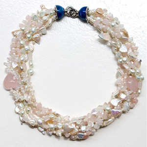 Pearl and rose quartz necklace, 'Venus Amour'