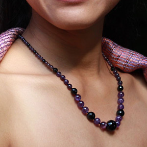 Amethyst and agate necklace, 'Soothing Violet'