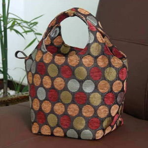 Cotton handbag, 'Bubbling Cherries' (Circle)