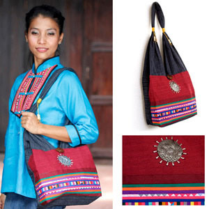Cotton shoulder bag, 'Ruby Field'