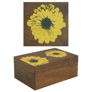 Covered box, 'Yellow Birth'