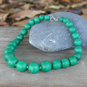 Kapok wood necklace, 'Green Bubbles'