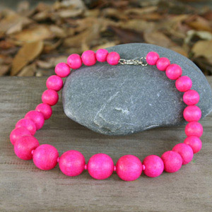 Kapok wood necklace, 'Pink Bubbles'