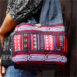 Cotton shoulder bag, 'Black Akha'