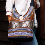 Cotton and polyester shoulder bag, 'Gold Parade'