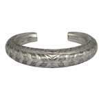 Sterling silver bangle, 'Lush Hush'
