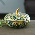 Benjarong porcelain box, 'Jade Fruit'