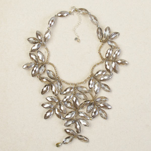 Glass flower necklace, 'Versailles'