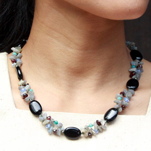 Agate and labradorite necklace, 'Black Mystique'