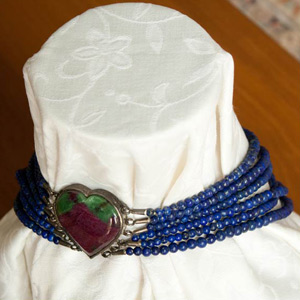 Lapis lazuli and zoisite necklace, 'Heart Attraction'