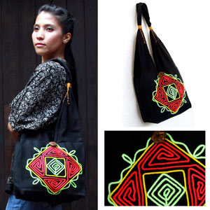 Cotton shoulder bag, 'Thai Labyrinth'