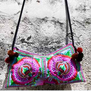 Cotton shoulder bag, 'Hmong Flowers'