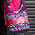 Cotton and polyester shoulder bag, 'Pink Parade'